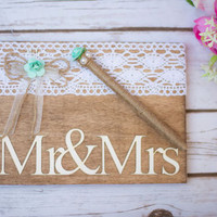 Guest Book Mr & Mrs With Lace