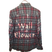Plaid Wallflower Shirt in Red/Grey Flannel