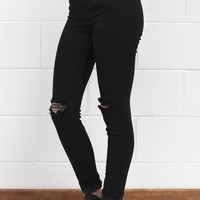 Hi-Rise Distressed Super Stretch Skinny Jeans {Black}