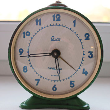 Shabby chic Alarm clock - Green alarm clock - Soviet clock 'Jantar' - Made in USSR - Vintage Alarm Clock - Working