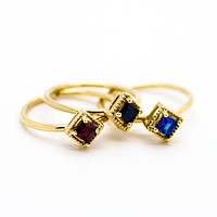 Square stone knuckle ring