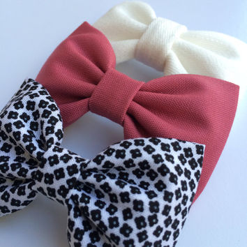 Raspberry, tiny black and white floral, and winter white bow lot from Seaside Sparrow.  Seaside Sparrow bows make a perfect gift for her.