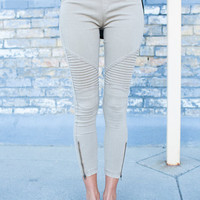 Motto Leggings with Zipper Details Khaki
