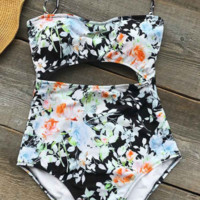 CUPSHE Women Floral Printing Halter One-piece Swimsuit