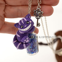 cheshire cat alice in wonderland to a potion bottle pozione with spider
