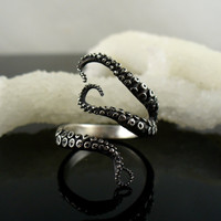 Wicked Tentacle Ring size 9.5 - 11.5