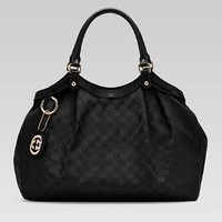 Gucci - 'sukey' large tote with detachable interlocking G charm. 211943AA61G5403
