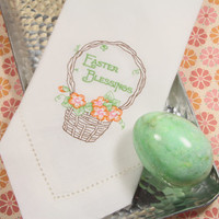 Easter Blessings Basket Embroidered Cloth Napkins /Set of 4/ Easter basket, Easter Napkins, Easter gift, Easter linens, embroidered napkins