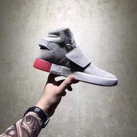 ADIDAS WOMEN'S TUBULAR INVADER GREY RED