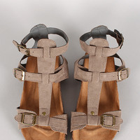 Qupid Laudy-03 Buckle Strappy Gladiator Flat Sandal