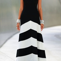 Black and White Halter Sleeveless Maxi Dress