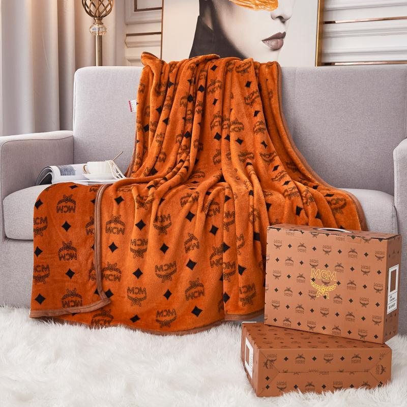 Image of MCM Fendi GUCCI DIOR  LV Louis Vuitton Hot Sale Full Printed Retro Blanket D Home Coral Fleece Thickening Blanket Adult Single Bed Blanket