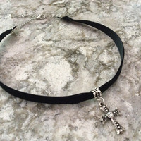 Antiqued Rhinestone Cross Black Suede Choker Adjustable Necklace Trendy jewelry women's collar chocker