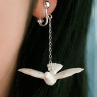 $14.00 DOVE solo EARRING by MIXKO on Etsy