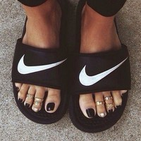 NIKE Casual Fashion Solid Color Flats Slipper Sandals Shoes-10