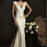 Buy Elegant Exquisite Lace Mermaid V-neck Wedding Dress