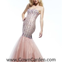 Prom Dresses | 2014 Prom Dresses | Riva Designs R9787 | Riva Designs | Homecoming Dresses | Pageant Dress | GownGarden.com