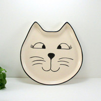 Ceramic Plate/Cat plate/Handmade plate/Christmas gift/Hand painted/Ceramics and pottery/Cat/Clay plate/Pottery plate/Breakfast plate/1 piece