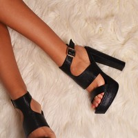 Reyna Black Faux Leather Chunky Heels | Pink Boutique