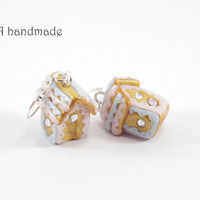 Kawaii gingerbread house earrings