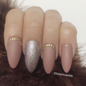 Set of Stiletto Press on Nails with Hand Designed 3D False Nails Glue on Nails