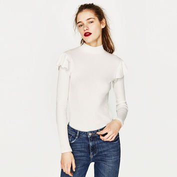 RIBBED TOP WITH RUFFLES