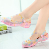 Hot selling summer women hole sandals candy color jelly shoes ladies beach slippers  casual shoes