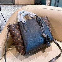 Louis Vuitton LV new style foreign fashion wild old flower simple single shoulder bag