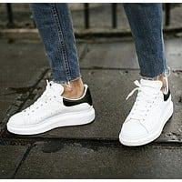 ALEXANDER MCQUEEN Tide brand female muffin platform casual sports white shoes(Velvet tail)