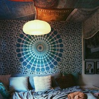 Plum & Bow Laila Medallion Tapestry - Urban Outfitters
