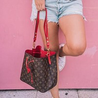 Louis Vuitton LV New Bucket Bag, Tie Bag, Letter Printing, Fashion Ladies Handbag, Shoulder Messenger Bag