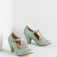 Vintage Inspired Picture of Poetic Heel in Sage