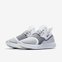 The Nike LunarCharge Essential Women's Shoe.