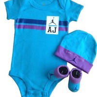 Nike Jordan Infant New Born Baby Bodysuit Layette Sets and Cell Phone Anti-dust Plug