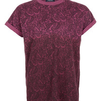 Burgundy Paisley Dip Dye High Roll T-Shirt - Sale