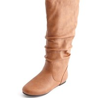 FLAT MID-CALF SLOUCH BOOT