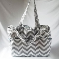 Chevron diaper bag with zippered closure  - Grey zig zag large weekender