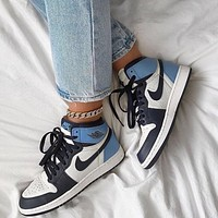 NIKE Air Jordan 1 High AJ1 Sneaker