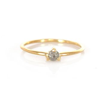 14kt Gold Salt and Pepper Diamond Point Ring