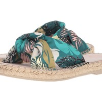 Benicia in Green Palm Print