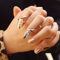 Rhinestone Embellished Dragonfly Pattern Fingertip Ring