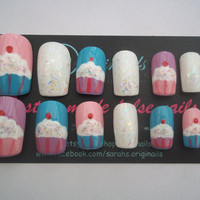 Katy Perry style cupcake nails