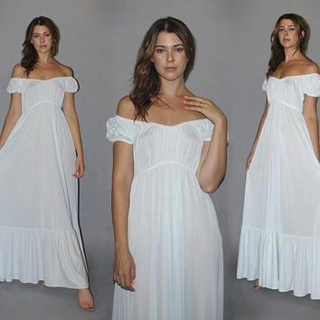 Vintage 70s OFF THE SHOULDER Nightie / Powder Blue Nightgown / Ethereal Angelic Lingerie / Wedding Night, Boho Bride / White Lace Trim / S