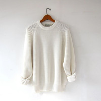 vintage creamy white sweater. slouchy sweater. pullover loose knit sweater. boyfriend sweater.