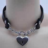 Leather and chain submissive day collar type 2 (lock included) - Free US Shipping