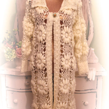 70s Hand Knit Sweater, 1970s Cream Crochet Coat, Vintage Knit Lace Duster, Boho Chic Clothes, Hippie Chic Trench, Women's Size Medium
