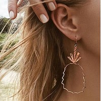 New Hollow Pineapple Design Drop Earrings For Women Golden Color Simple Long Dangling Earrings Fashion Jewelry For Birthday Gift