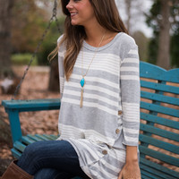 Side Tracked Top, Gray/White