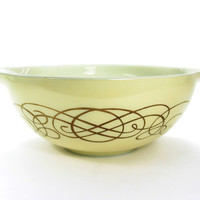 Vintage Pyrex Golden Scroll 1959 Promotional Cinderella Bowl Large 4 Quart Yellow - Foodie or Gourmet Gift