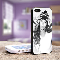 Beyonce - iPhone 4, 4S iPhone 5, 5S 5C, Samsung Galaxy S3,S3 mini, S4, S4 mini and iPod 4, 5 Case